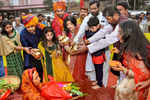 Union minister and Lok Janshakti Party president Ramvilas Paswan along with his son Chirag Paswan and other family members performs rituals during Chhath Puja in Patna (PTI photo)