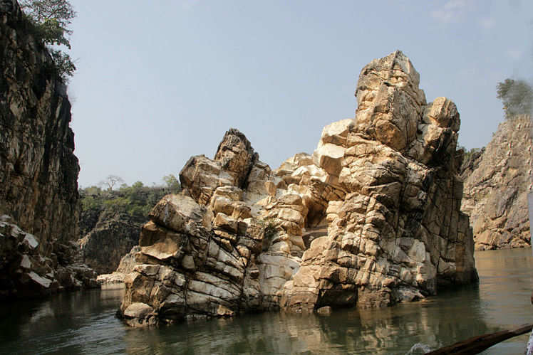 Bhedaghat Marble Rocks Times Of India Travel