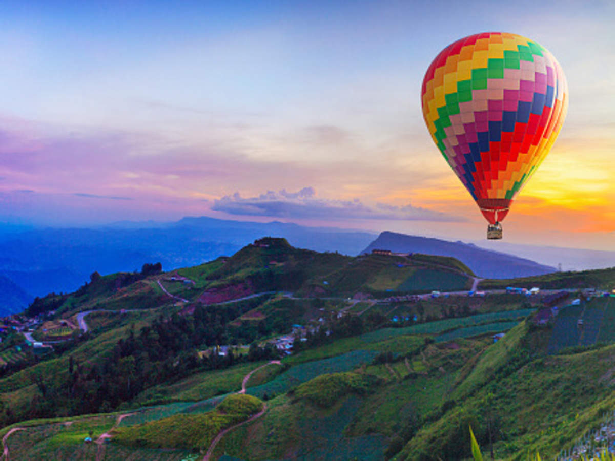 5 spots to enjoy a hot air balloon ride in India | Times of India Travel