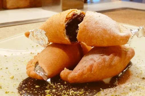 Walnut Brownie Gujiya