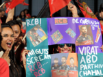 Virat Kohli, ABD fans all around