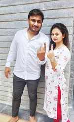 Amulya and husband Jagadish vote