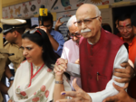 LK Advani votes in Gujarat