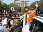 Poonam Mahajan defeats Priya Dutt in Mumbai North Central