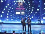 Karan Johar and Maniesh Paul host the grand finale