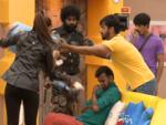 Aishwarya Dutta throwing garbage on Bhalajie