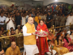Home Minister Amit Shah offers his prayers