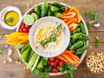 ​Hummus and veggies
