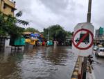 Heavy rains hit Mumbai