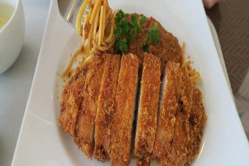 Spaghetti Cutlets in Tomato Sauce