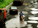 Potholes on Eastern express highway