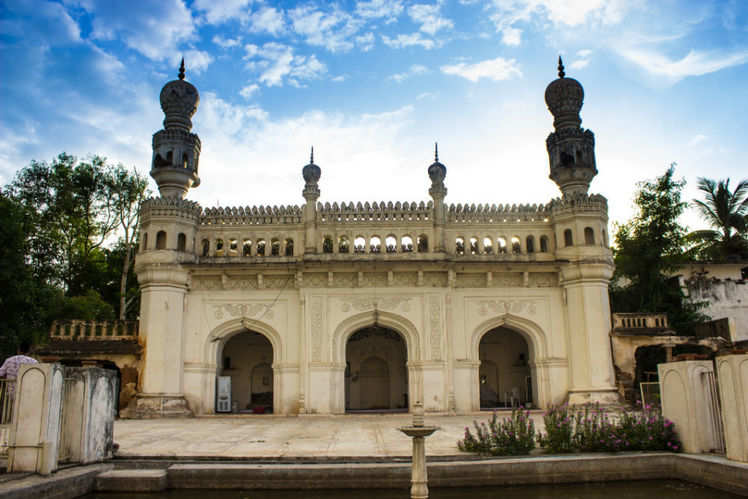 Irctcs Hyderabad Tour With Ramoji Film City Is Perfect For