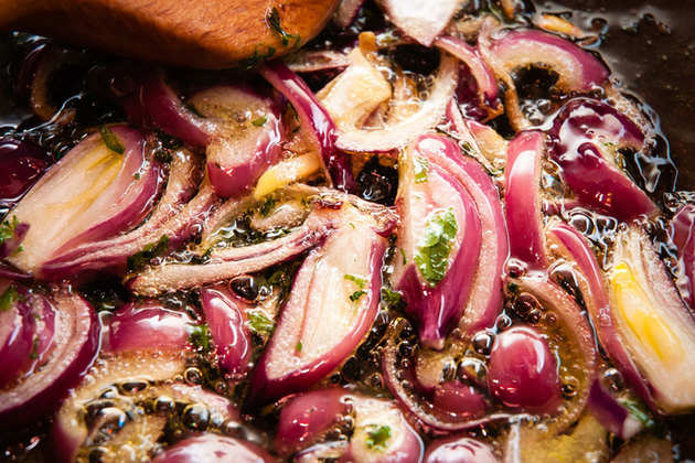fried-red-onions