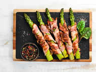 All you need to know about asparagus  and how to eat it!