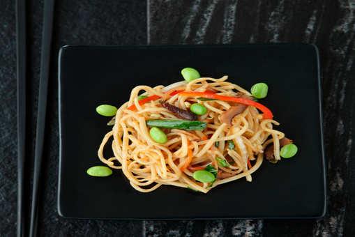 Whole Wheat Hakka Noodles
