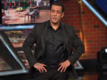 Upset Salman Khan asks Rashami Desai to leave; tells Bigg Boss to open the door