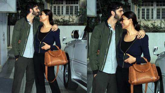 Rohman Shawl kissing Sushmita Sen in this video is all things beautiful!