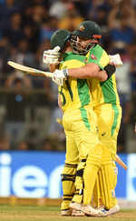 Australia beat India by 10 wickets