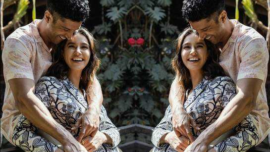 Farhan Akhtar and Shibani Dandekar's loved-up picture 'says it all'