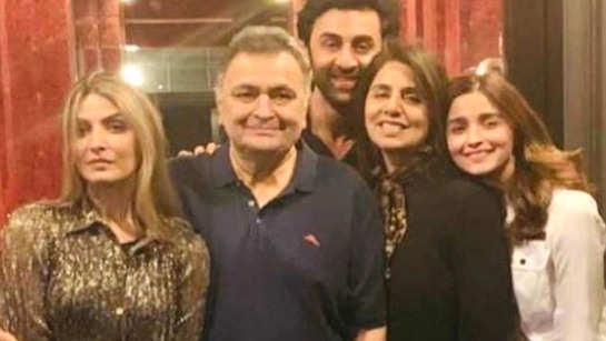 Alia Bhatt-Ranbir Kapoor drop plans of grand celebrations of   Rishi Kapoor and Neetu Kapoor's 40th anniversary, here's why