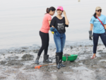Tanishaa Mukherji at Mahim Beach clean up