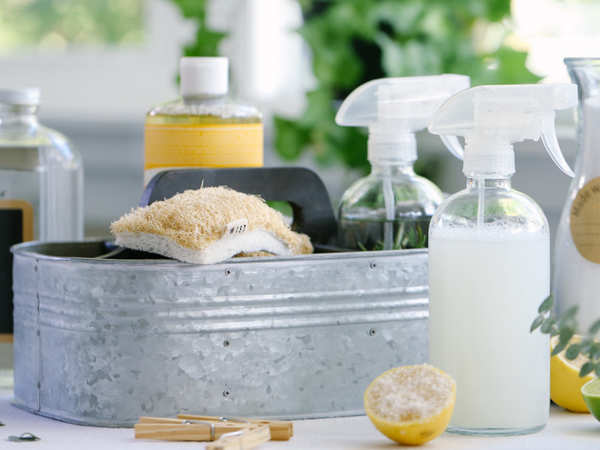 Best Natural House Cleaning Products That You Can Make Use Of