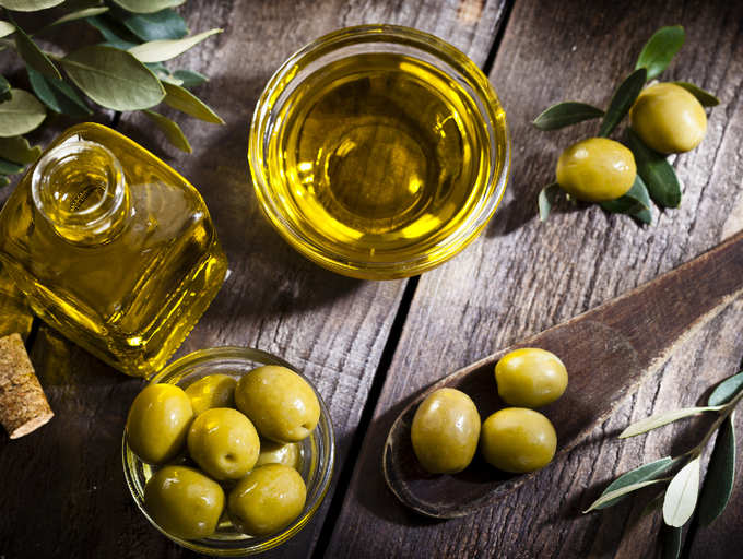 Heating olive oil can release toxic fumes? | The Times of India