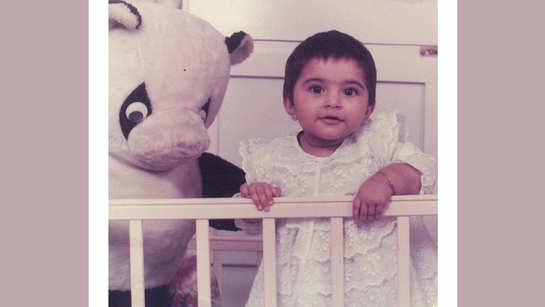 Sonam Kapoor's throwback Thursday picture is adorable, check out...