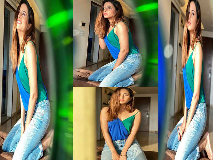 Sargun Mehta grabs the attention of netizens with her stunning pictures