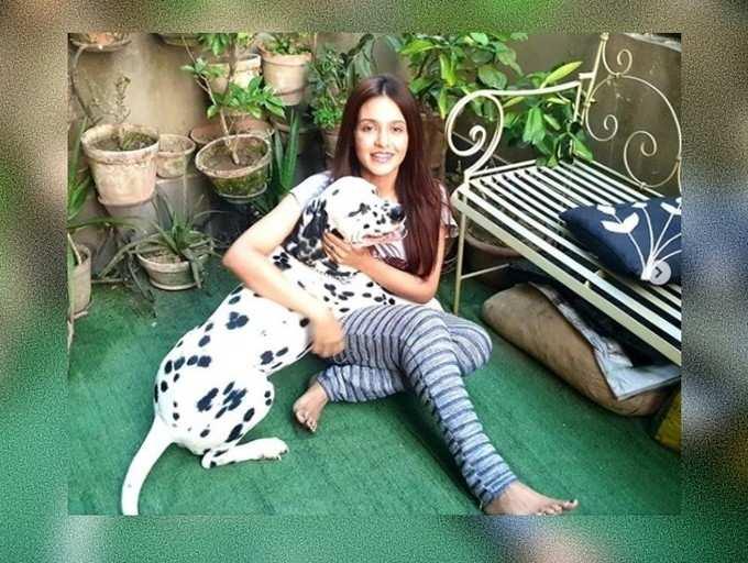 Let's keep the wave of positivity going: Priyanka Sarkar