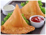 How to make restaurant like crispy samosa