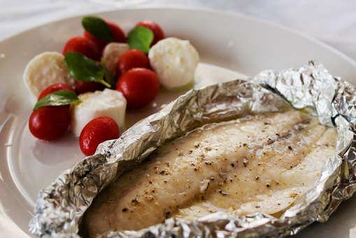 Pan-Seared Fish with Caprese Salad, Mozzarella and Tomato