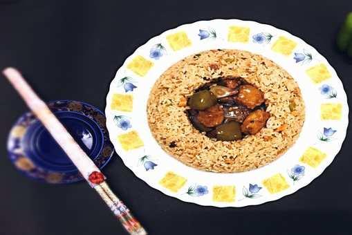 Schezwan Fried Rice and Chilli Paneer