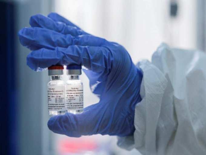 Russia Coronavirus vaccine: Russia's top respiratory doctor quits ...