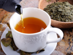 The easiest way to make fat-burning cinnamon-turmeric-green tea