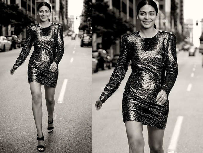 ​Neeru Bajwa pic: Let's take a moment to bow down to the queen of Pollywood