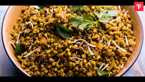 Day 5: 1 Week Healthy Indian Breakfast Plan (Moong Sprouts Salad)
