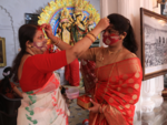 Sindoor Khela in Kolkata