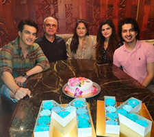 Mohsin rings in b'day with family