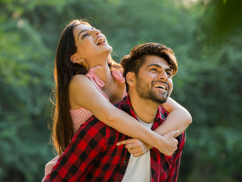 Signs that tell you're in a happy relationship