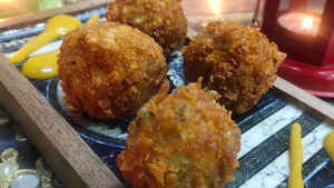 Watch: How to make Cheese Stuffed Corn Poppers
