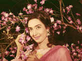 #GoldenFrames: Pictorial Biography of Nutan, Bollywood's Queen of emotions!