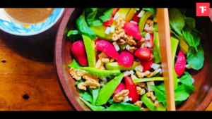 Watch: How to make Strawberry Spinach Salad