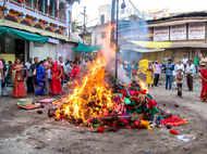 Holi 2021: Holika Dahan significance, timing, and puja vidhi and foods to make for Holi