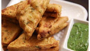 Watch: How to make Bread Pakora