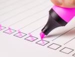 Prioritize tasks and split tasks in a day