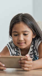 When to give phones to your kids