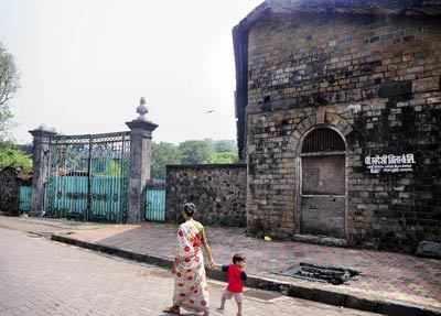 Shapoorji Pallonji loses court battle for Swadeshi Mills