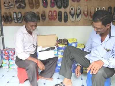 Faces of Gujarat riots meet as one opens Ekta Chappal Ghar, shoe store