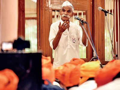 Authors are useless, social media garbage: Hindutva leader Sambhaji Bhide launches diatribe during Palkhi, again
